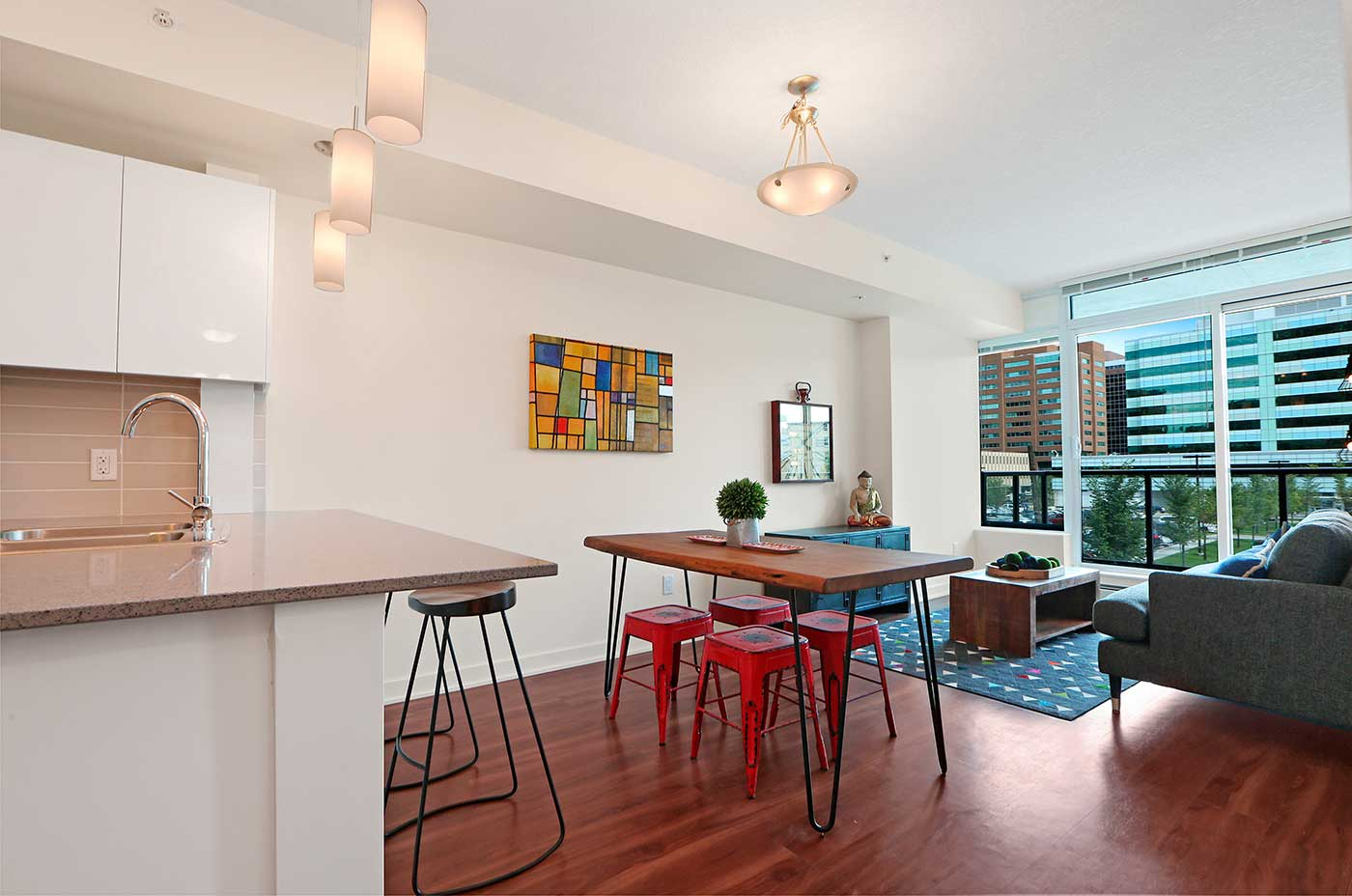 1215 Rental Apartments - One bedroom F2 Livingroom view